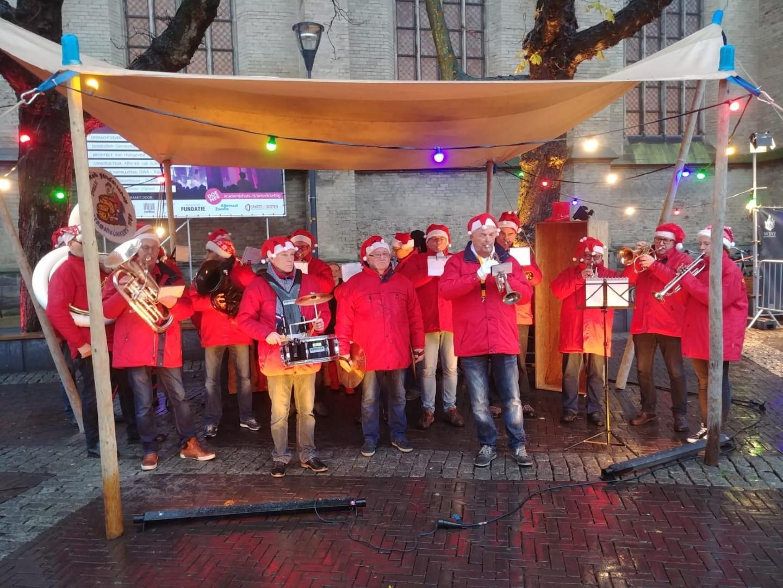 Kerstoptreden Kerstmarkt Museum Kwartier (Blijmarkt – Luttekestraat – Grote Kerkplein)